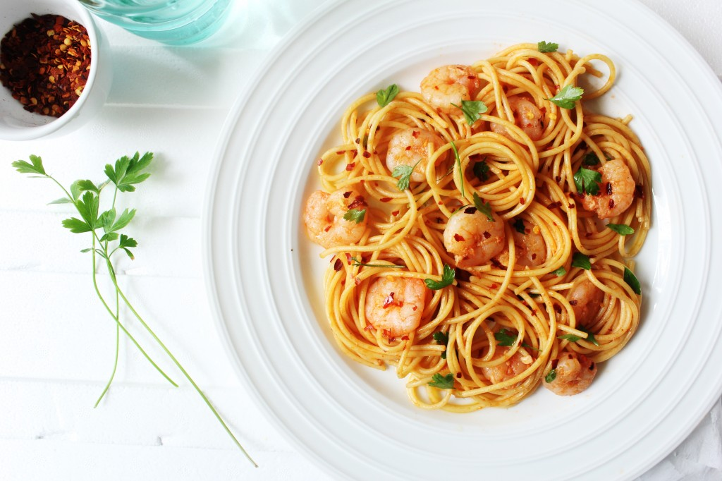 Garlic and chilli prawn spaghetti sugar et al for Prawn and spaghetti recipe