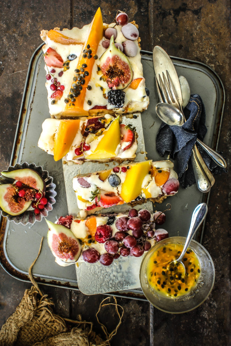 Ice cream tart with summer fruits