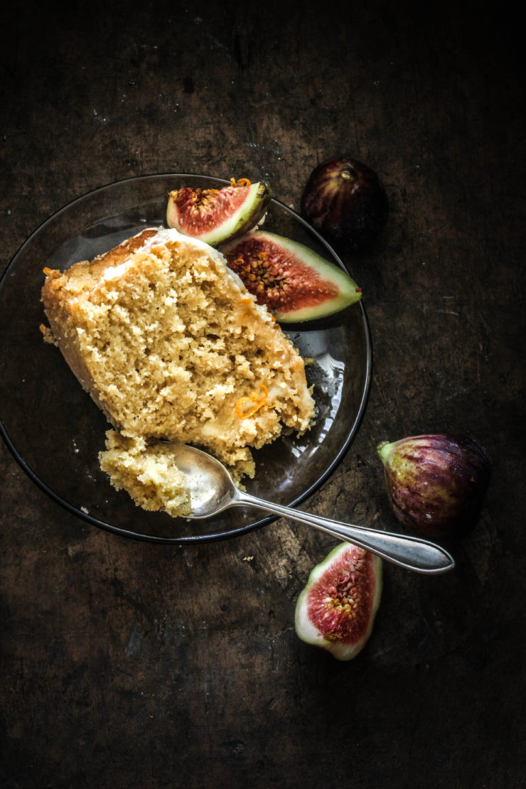 butterscotch cake with figs