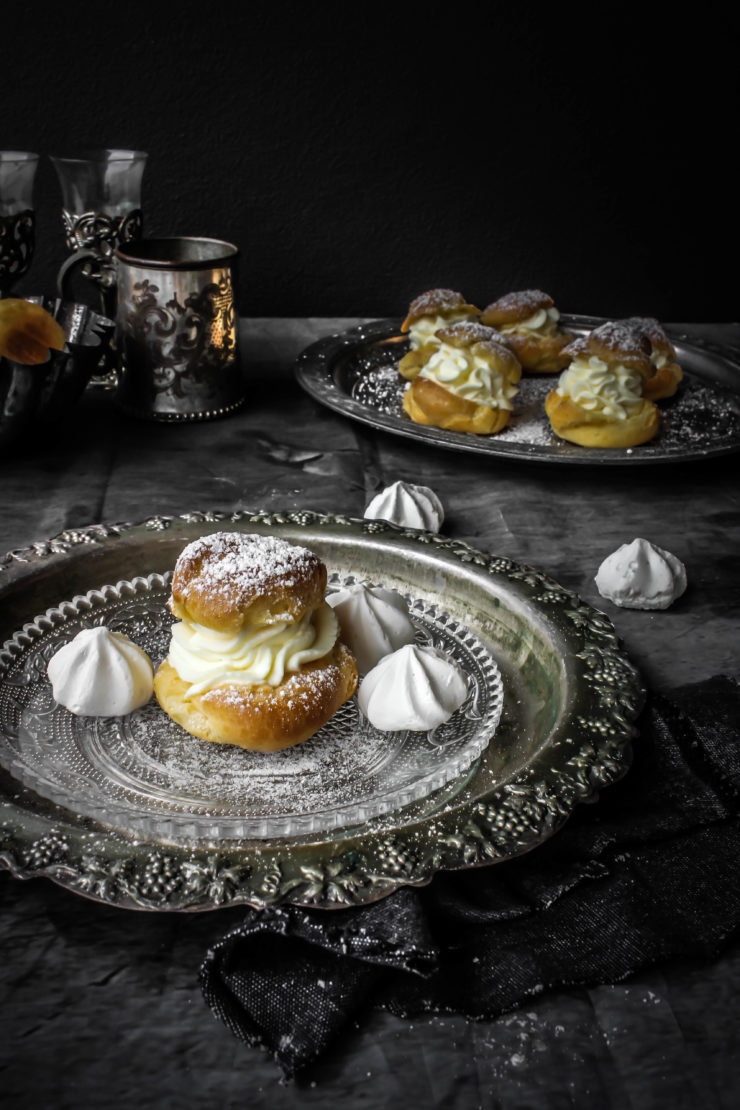Cream-Puffs-with-Orange-whipped-Mascarpone